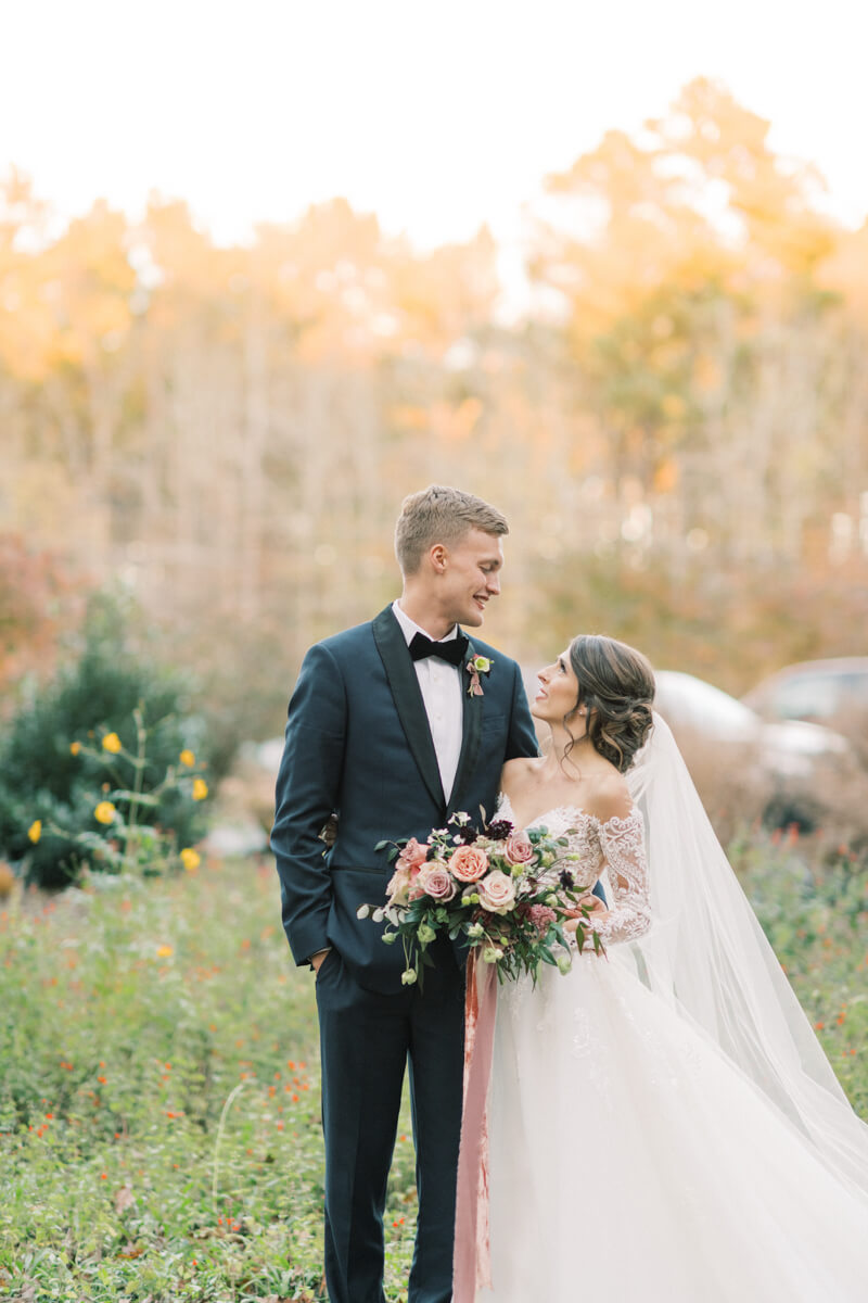 fall-chapel-hill-wedding-north-carolina-11.jpg