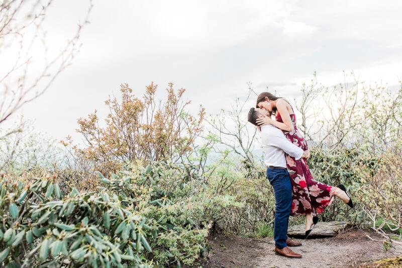 craggy-gardens-asheville-engagement-3.jpg