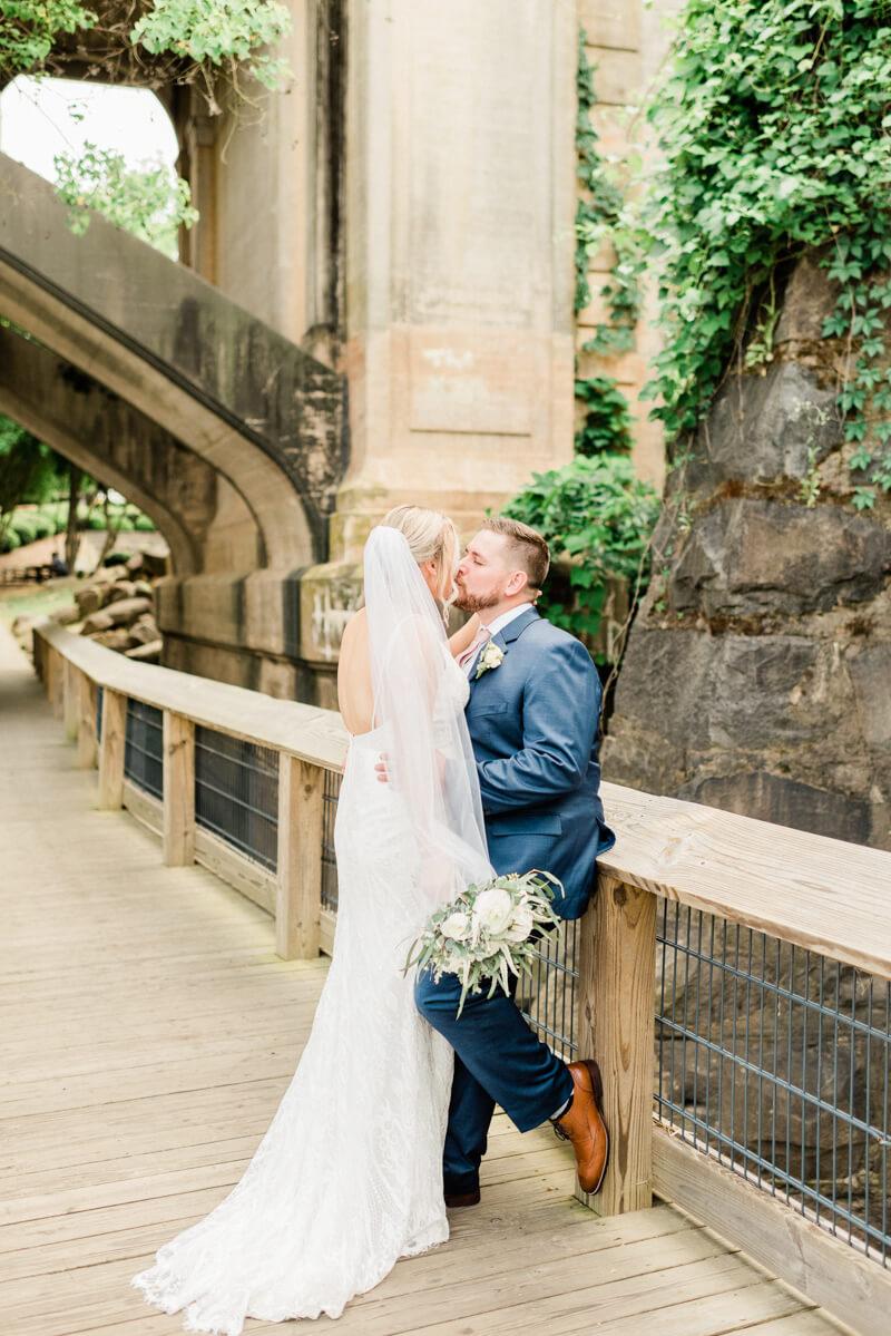 waterside-stone-river-wedding-6.jpg