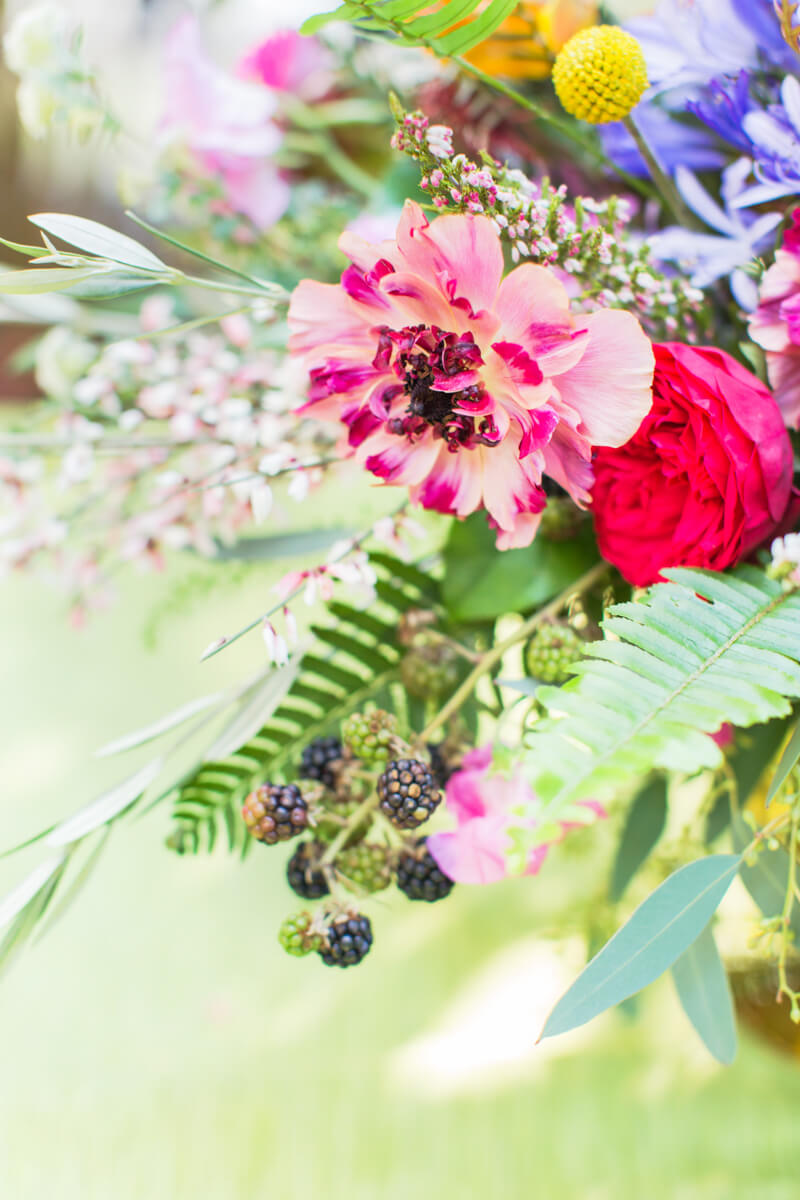 bold-colorful-wedding-shoot.jpg