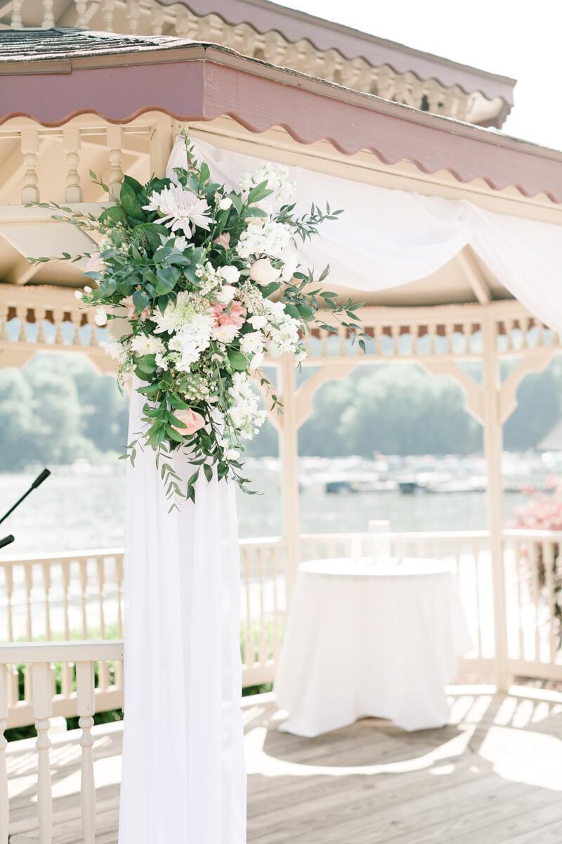 lake-lure-wedding-photos-13.jpg