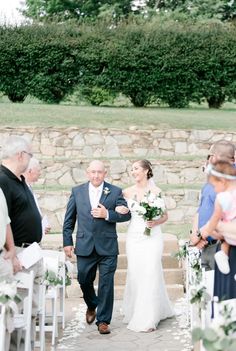 lake-lure-wedding-photos-15.jpg
