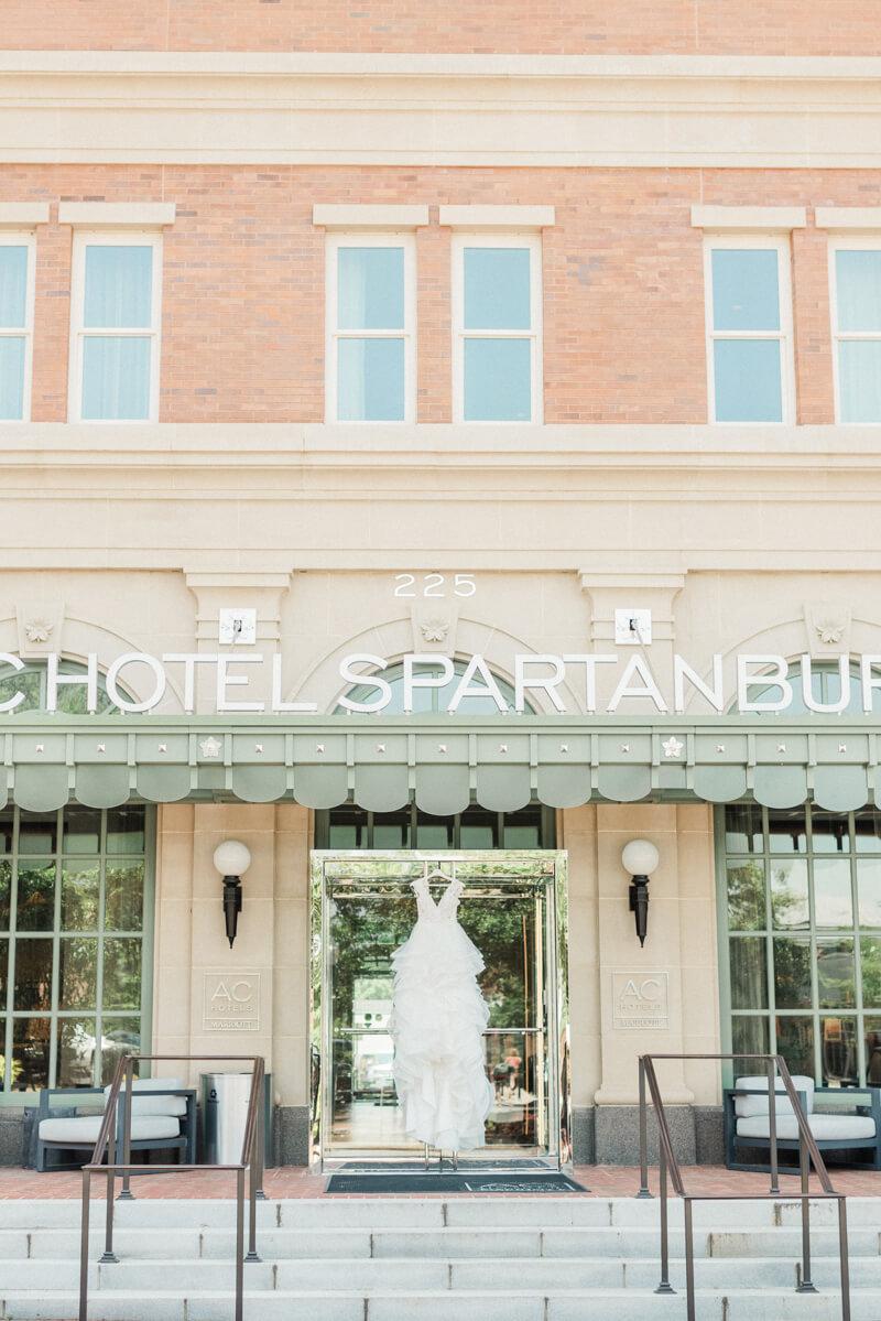 ac-hotel-spartanburg-wedding-8.jpg