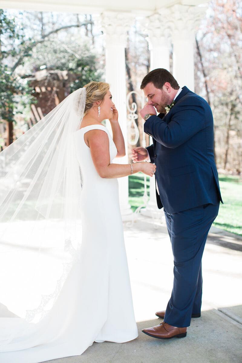 ryan-nicholas-inn-wedding-greenville-sc-4.jpg