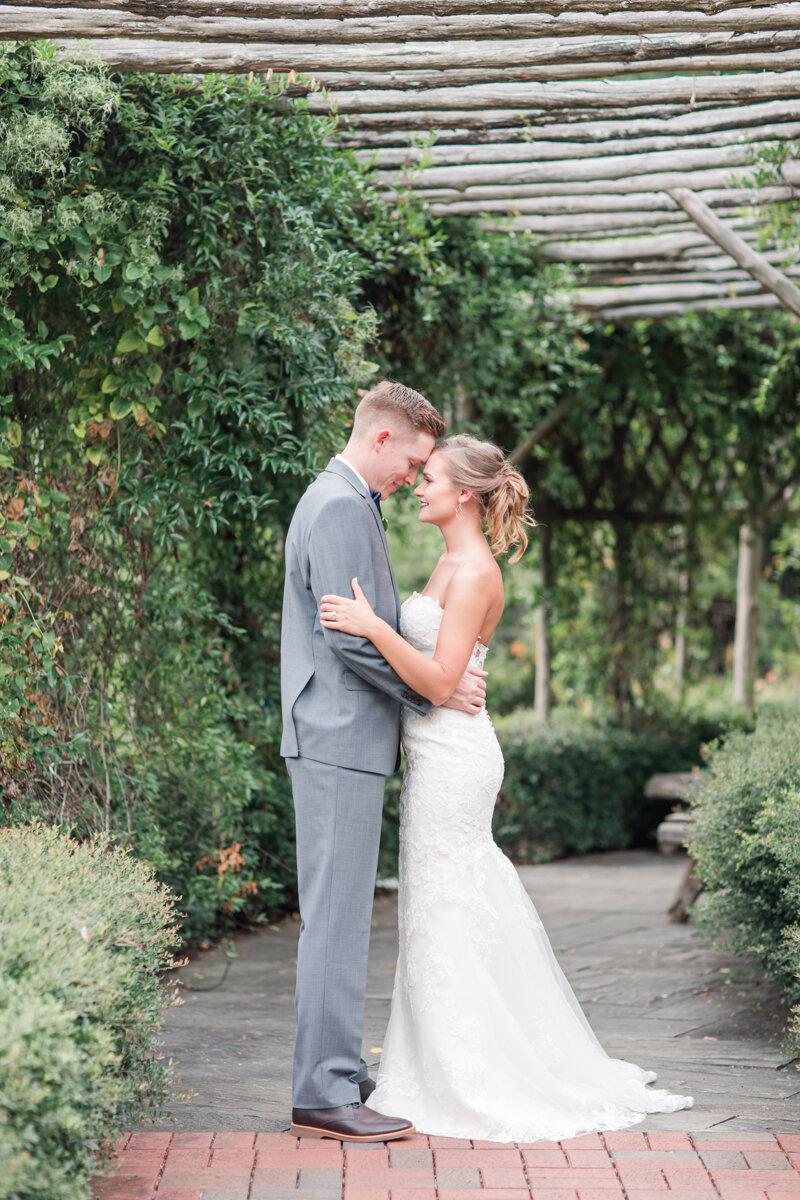 pinehurst-nc-arboretum-wedding_-10.jpg
