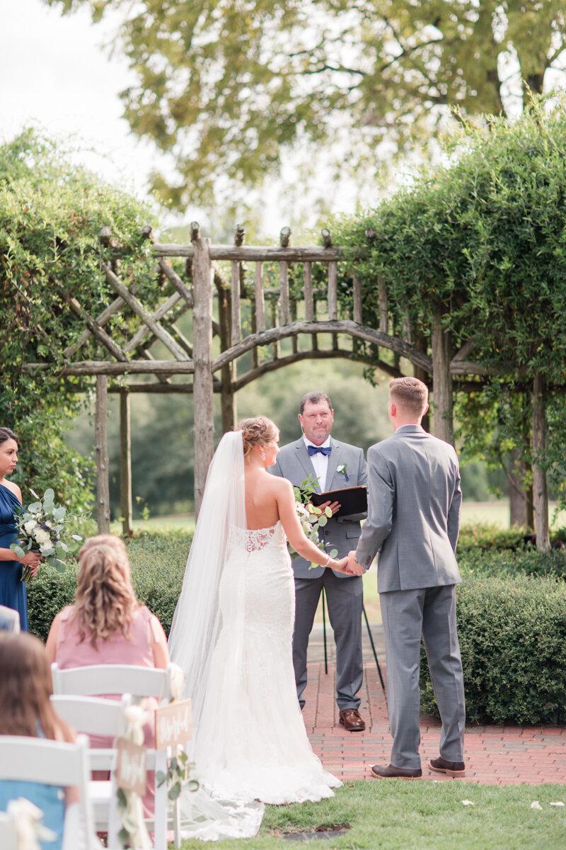 pinehurst-nc-arboretum-wedding_-17.jpg