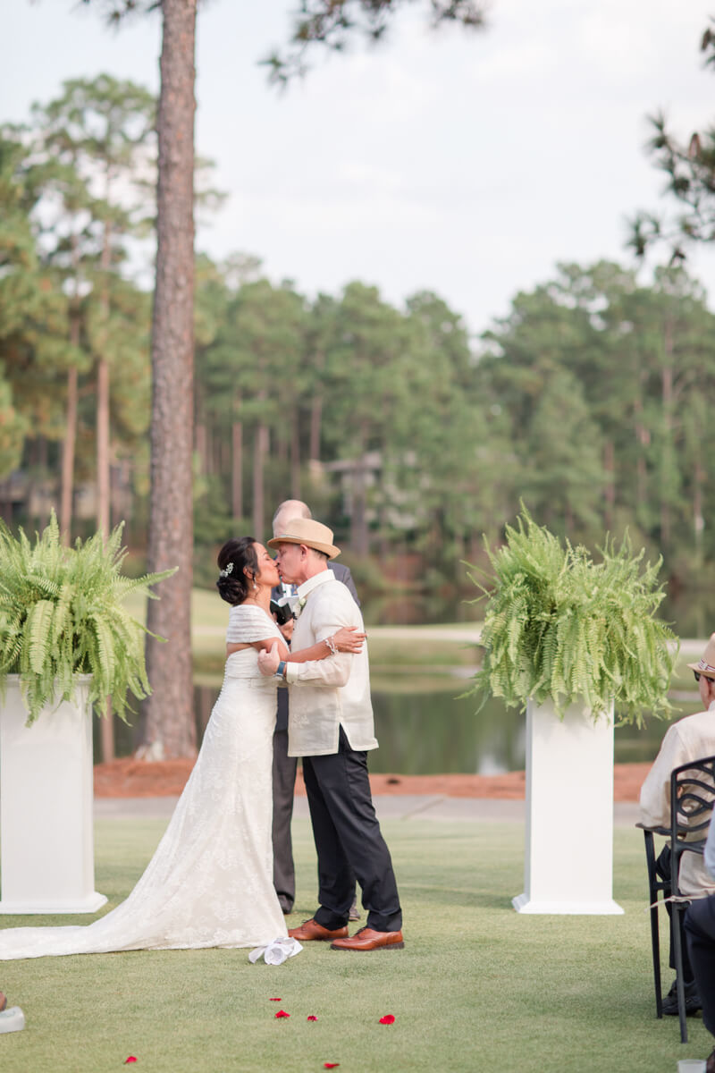 pinehurst-country-club-destination-wedding-16.jpg
