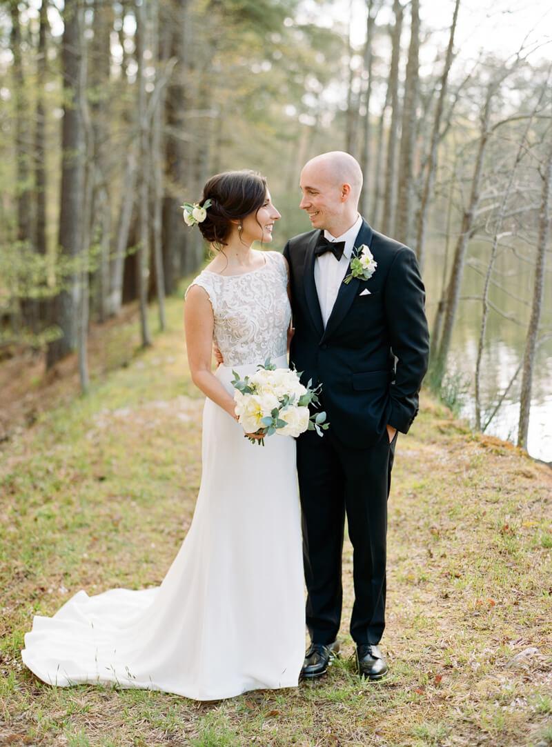 lakeside-raleigh-wedding-21.jpg
