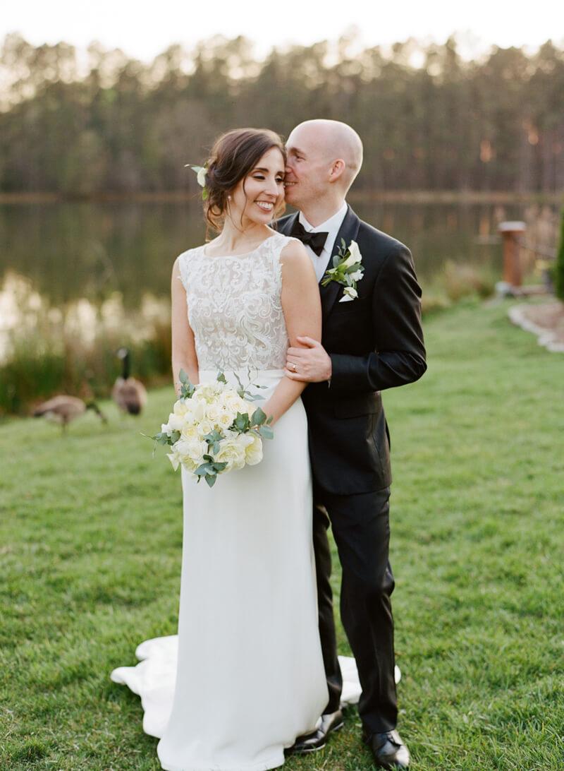 lakeside-raleigh-wedding-23.jpg