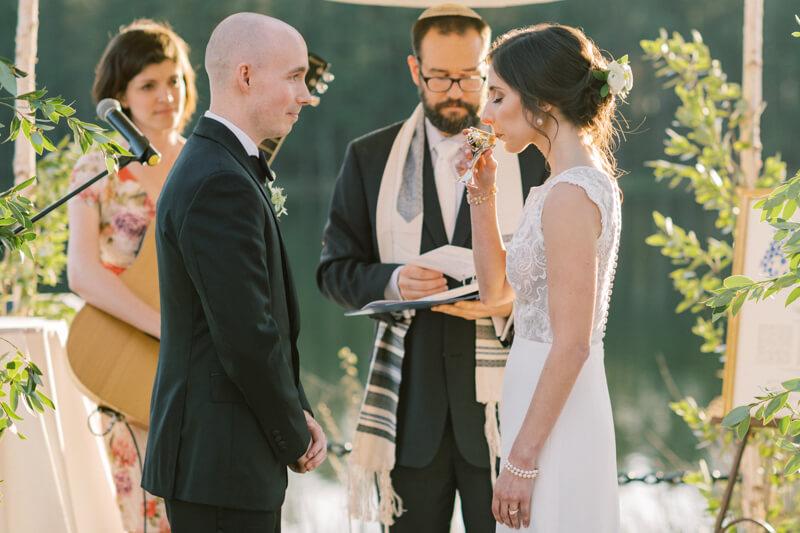 lakeside-raleigh-wedding-13.jpg