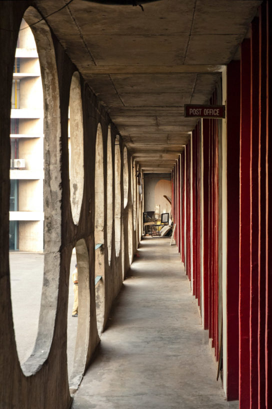 archaic_Chandigarh Assembly | Le Corbusier10