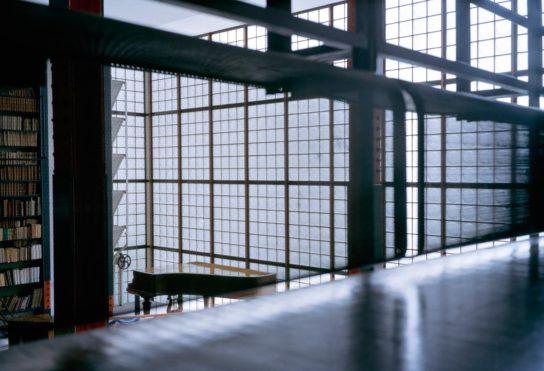 glass-house-maison-de-verre-franc%cc%a7ois-halard-007