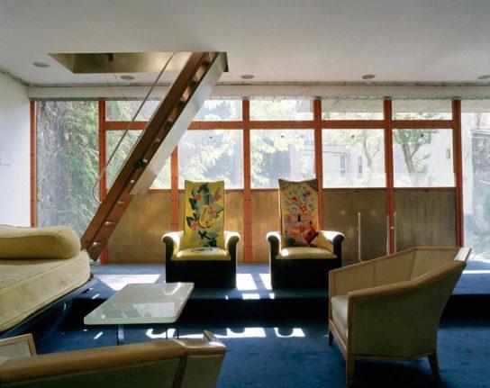 glass-house-maison-de-verre-franc%cc%a7ois-halard-010