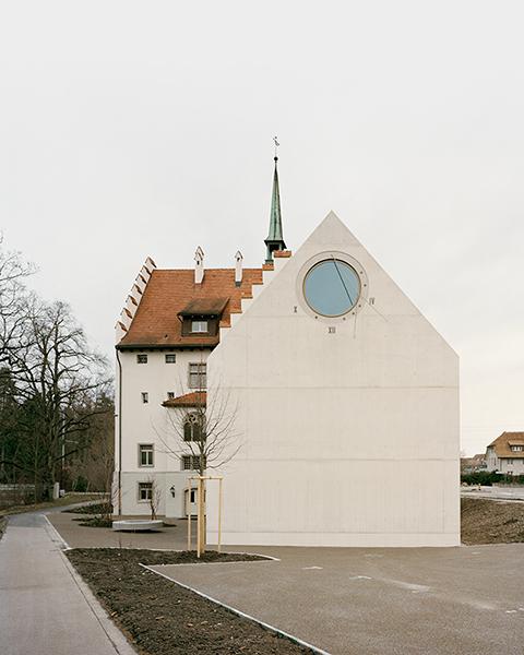 archaic_AtelierAbrahaAchermann_Gerichtshaus2.jpg