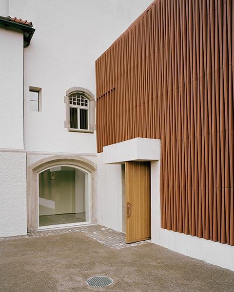 archaic_AtelierAbrahaAchermann_Gerichtshaus3.jpg