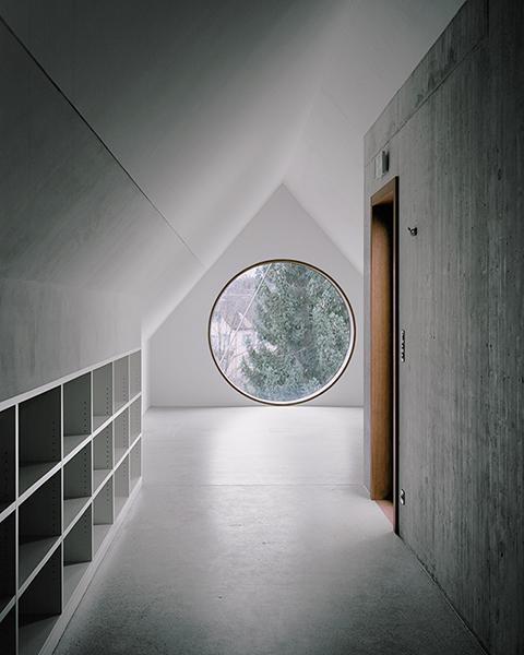 archaic_AtelierAbrahaAchermann_Gerichtshaus6.jpg
