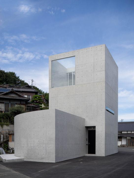 archaic_Kazunori-Fujimoto_House-in-Nagae2-544x725.jpg