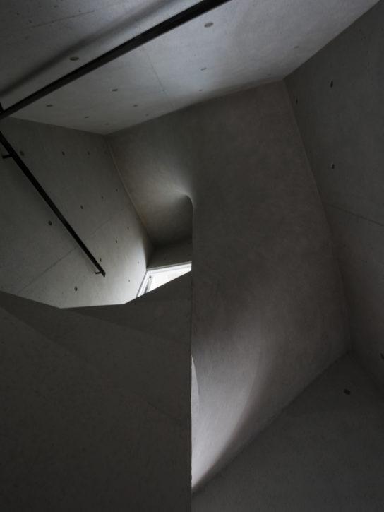 archaic_Kazunori-Fujimoto_House-in-Nagae8-544x725.jpg