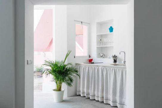archaic_JoseAdriaoArquitectos_HugoSantosSilvaNoronha10-544x363.jpeg