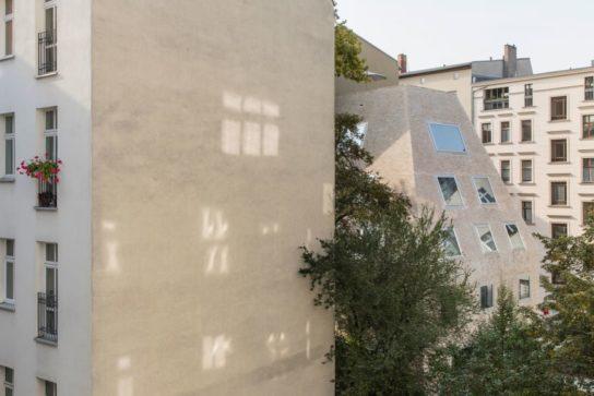 archaic_BarkowLeibinger_ApartmentHouse11-544x363.jpeg