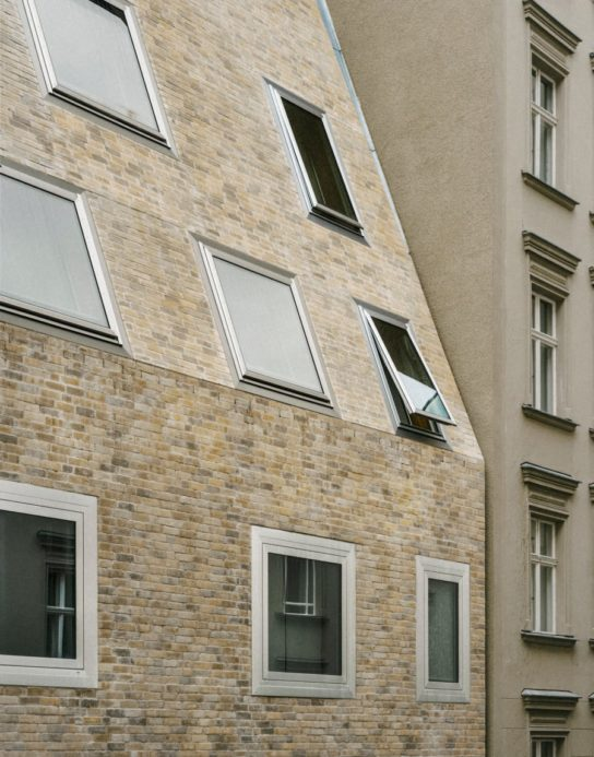archaic_BarkowLeibinger_ApartmentHouse19-544x693.jpeg