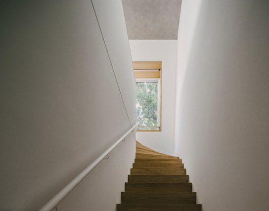 archaic_BarkowLeibinger_ApartmentHouse7-544x427.jpeg