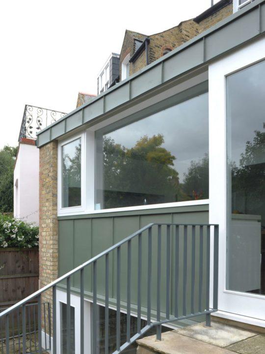 archaic_dow-jones-architects-david-grandorge-blenkarne-road_7-540x720.jpg
