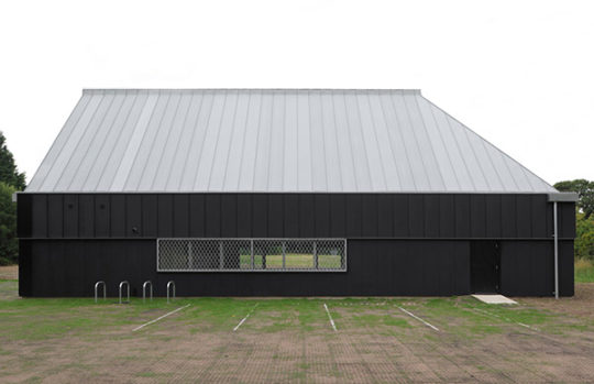archaic_jonathan-hendry-architects_villagehall1-1-540x349.jpg