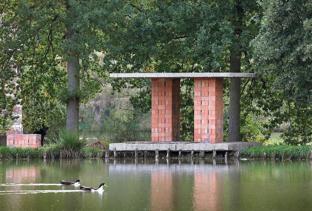archaic_DeVlyder_Pavilion_2.jpg