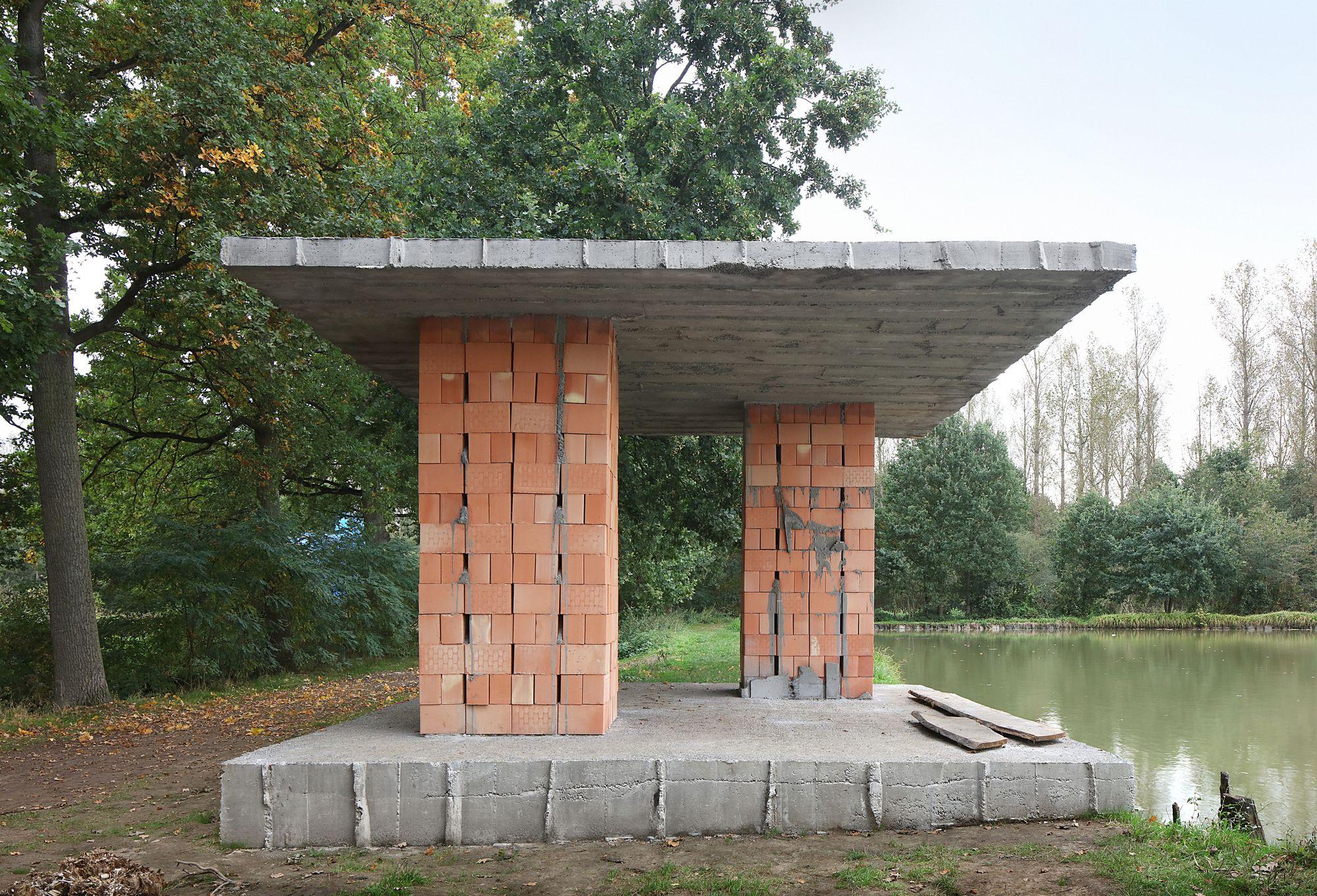 archaic_DeVlyder_Pavilion_5.jpg