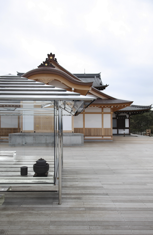 archaic_TokujinYoshioka_GlassHouse_7.jpg