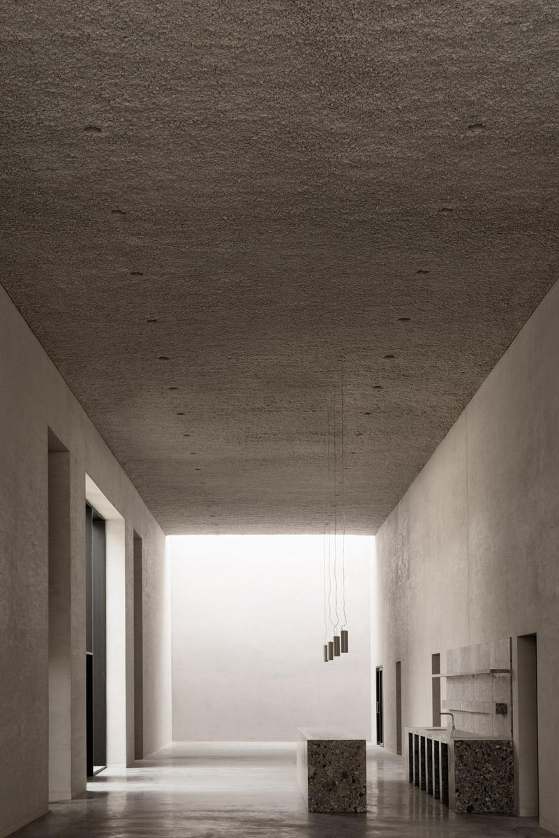 archaic_KAAN_Crematorium_5.jpg