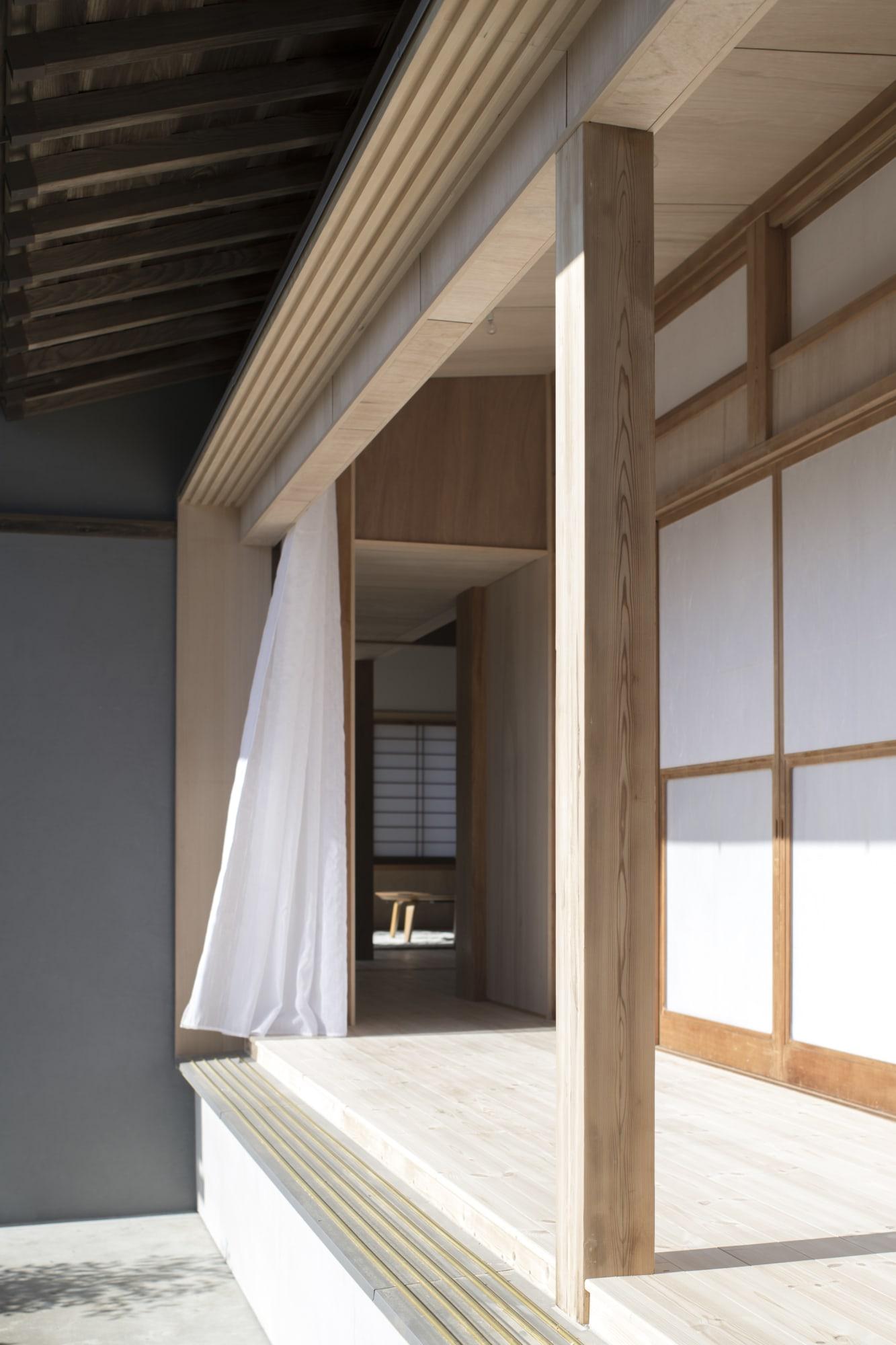 archaic_tokudaction_HouseinSakura_23.jpg