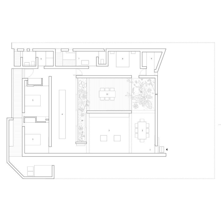 archaic_morq_enclosedhouse_20.jpg
