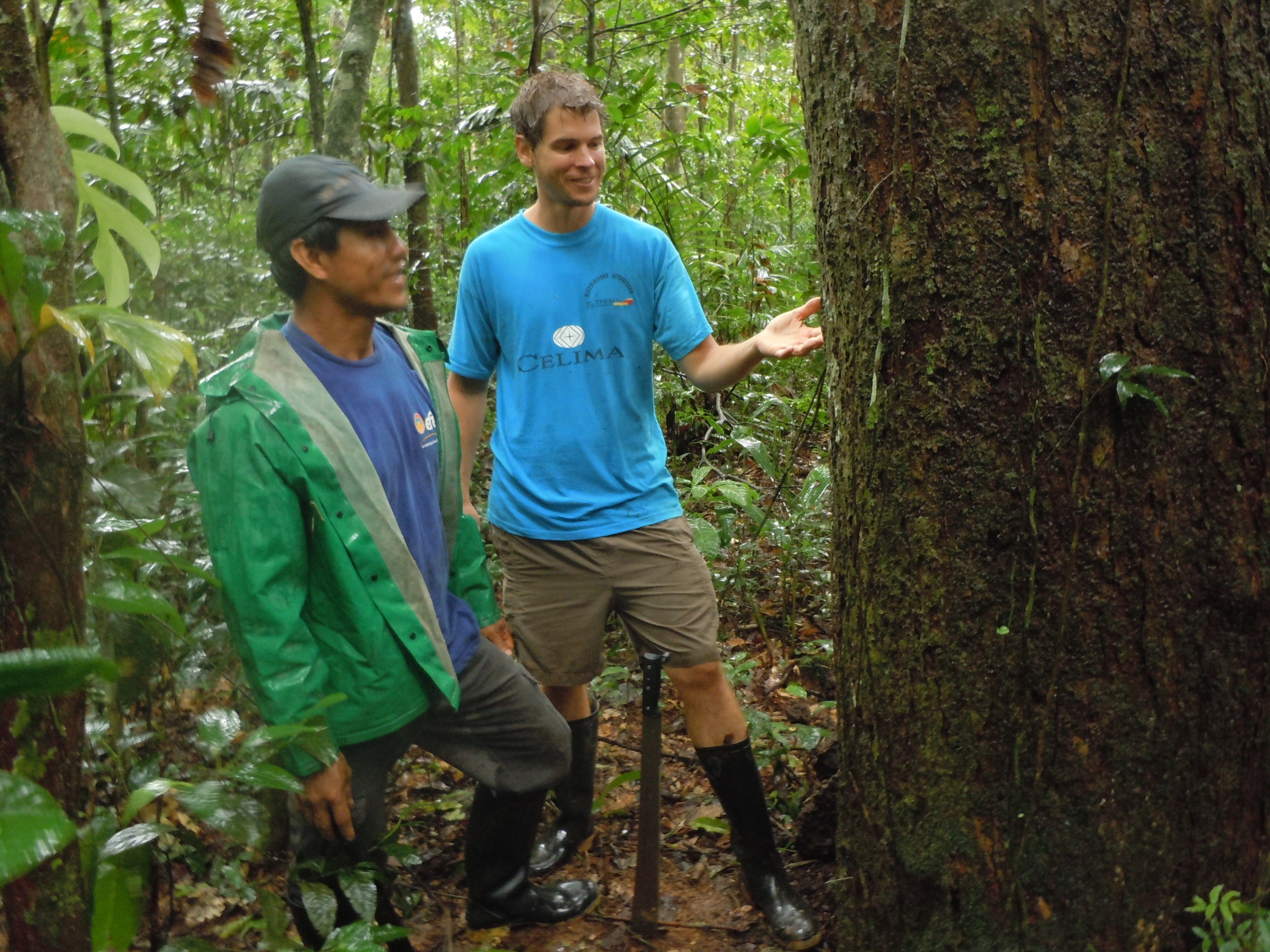 Huinga and the author visiting a canelón tree in 2012.