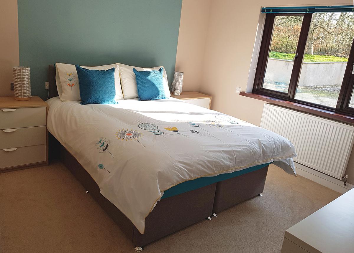 Double bed1.jpg