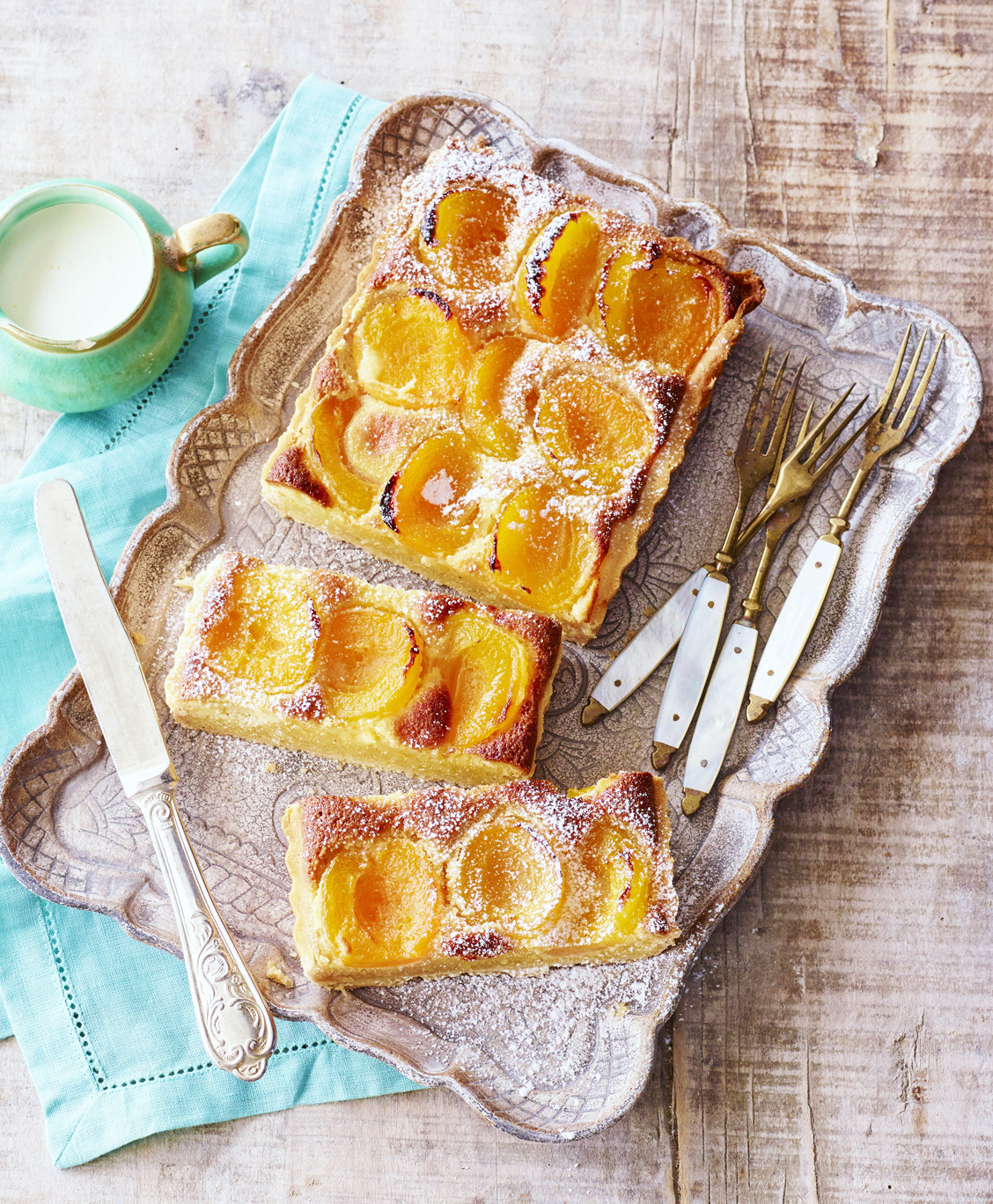 French Classics - More fabulous French Classics given my modern twist.75€ per head for 2 hours cookingincl. all equipment, ingredients, refreshments and lunch.4 places available
