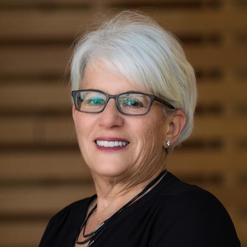 Sharon Altman, Administator