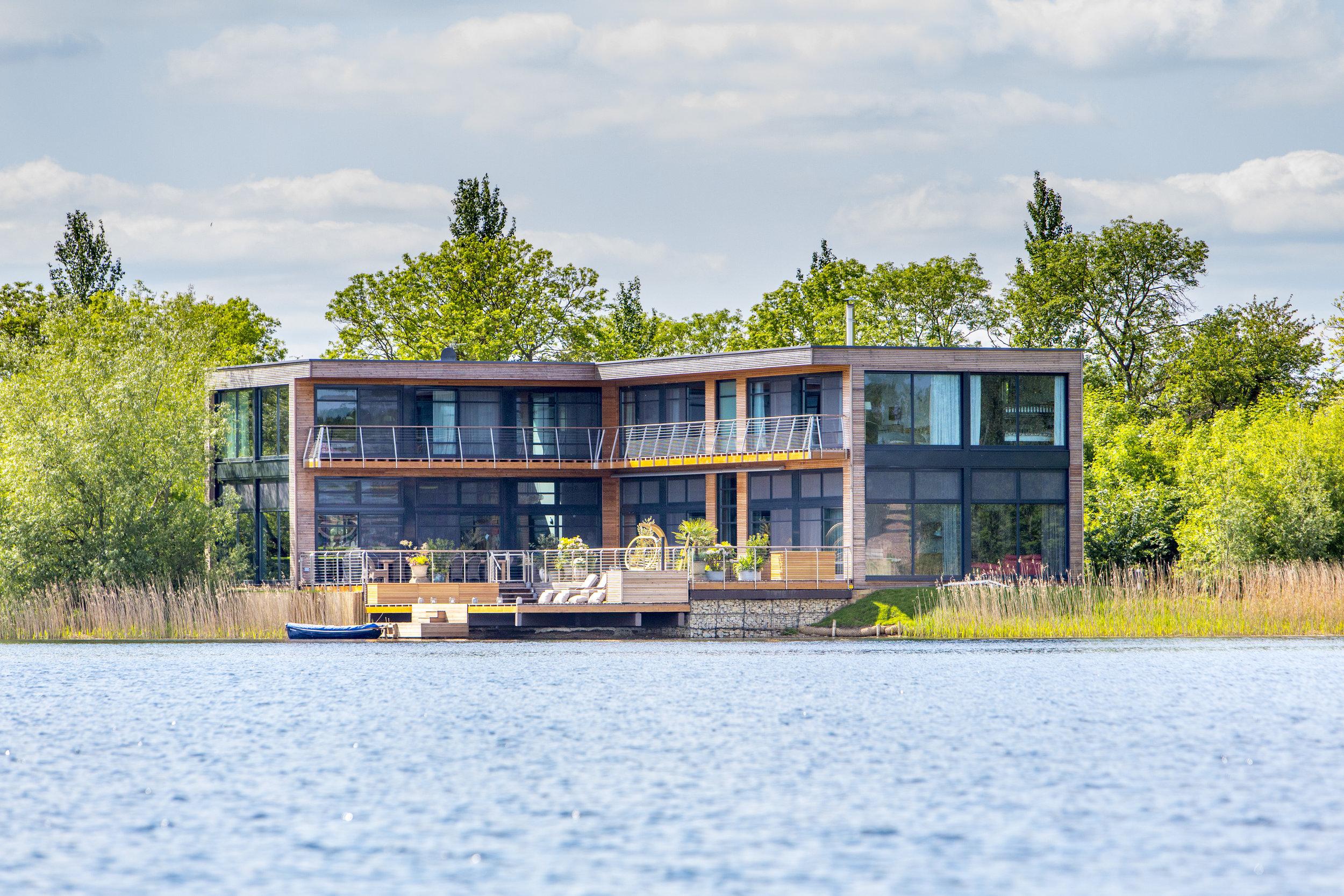 House at the Lakes (3).jpg
