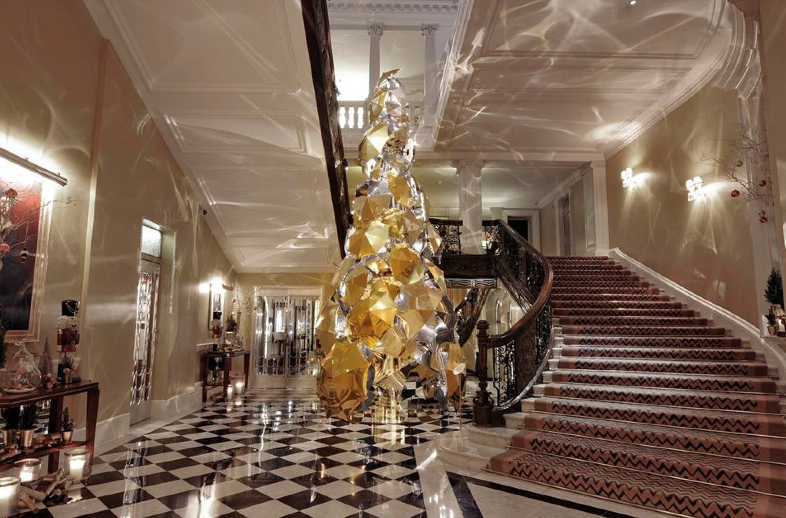 Claridge's 2016 tree, designed by Burberry