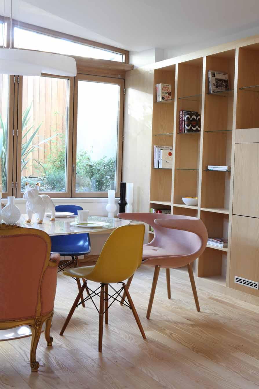 AJ_400_226 dining table shelves.jpg