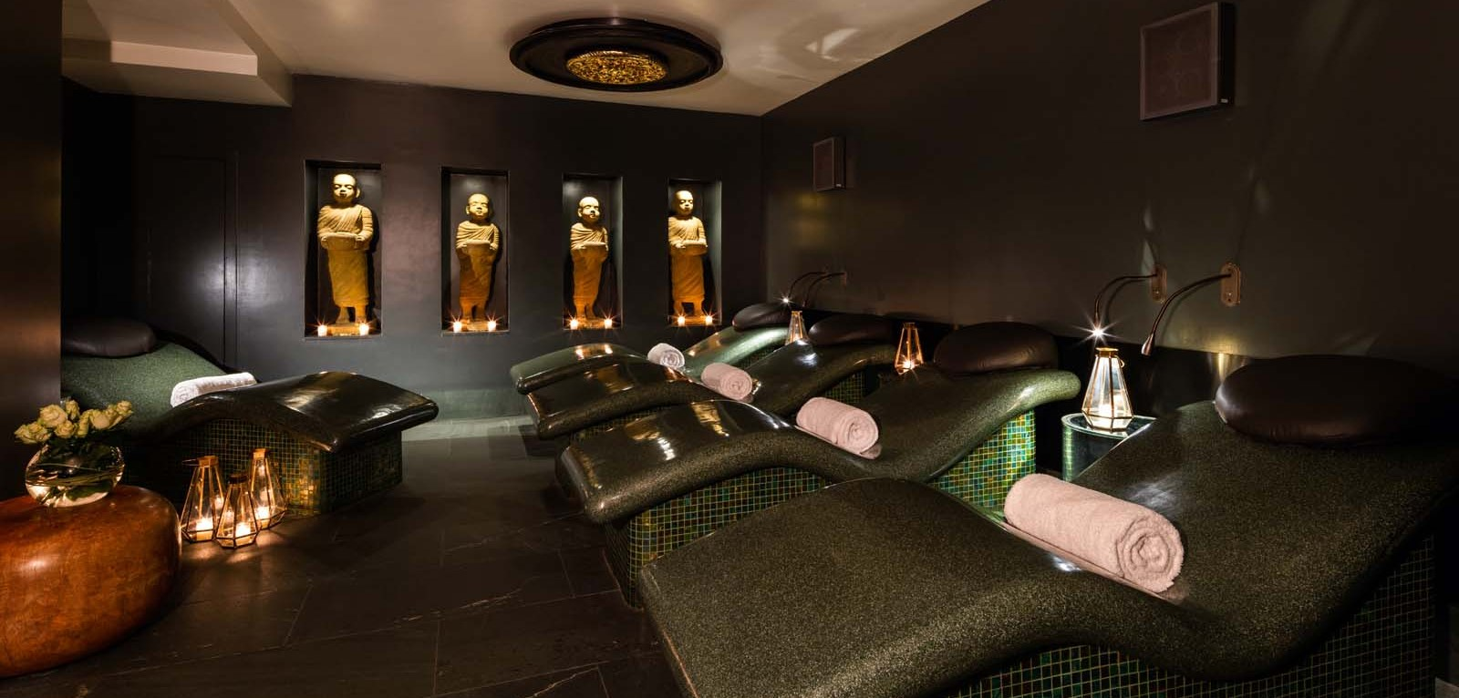 The_May_Fair_Spa__relaxation_room1600x1067.jpg
