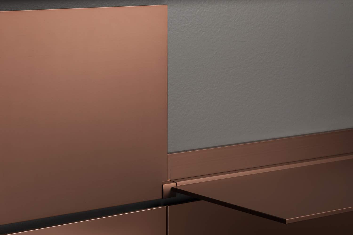 riveli_shelf_finish_copper.jpg