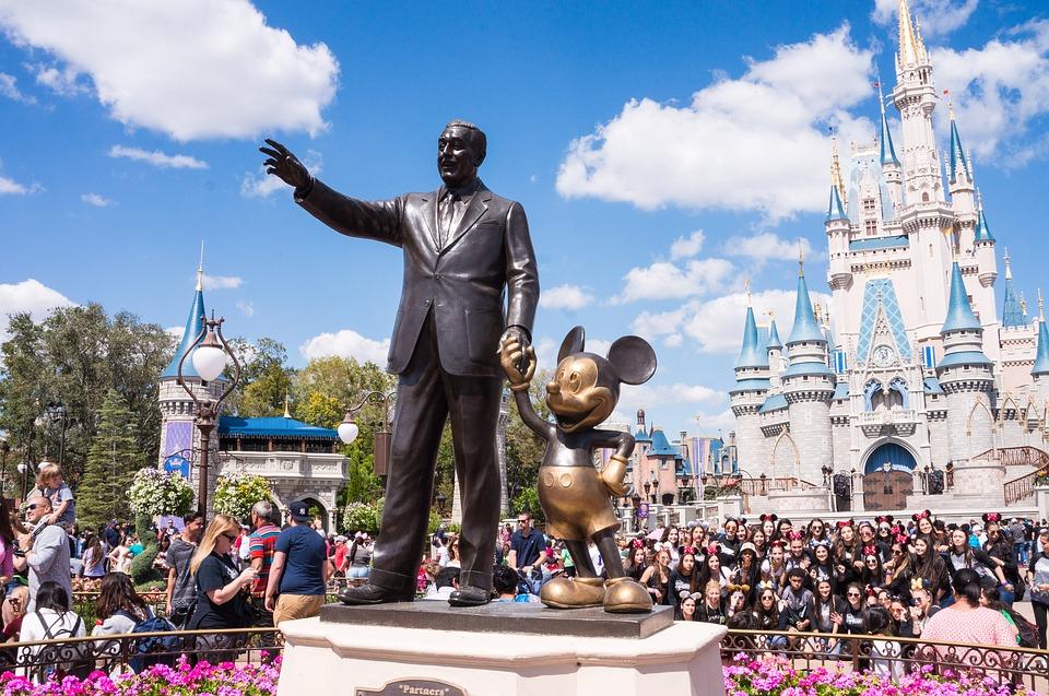 Orlando   Nada mais mágico do que voltar pra casa com fotos incríveis de toda a alegria da Disney!  Ensaios começam em U$275