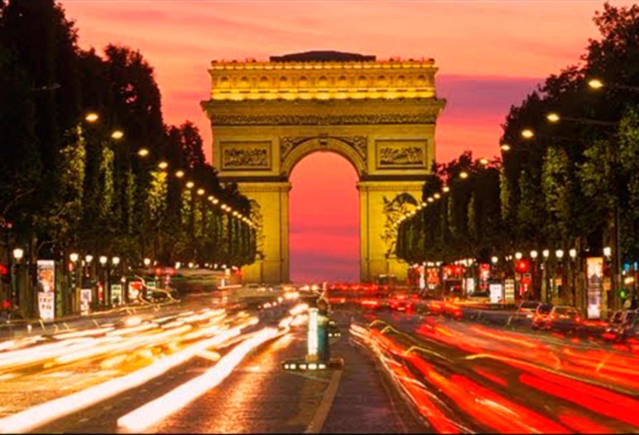 2- Arc de Triomphe -