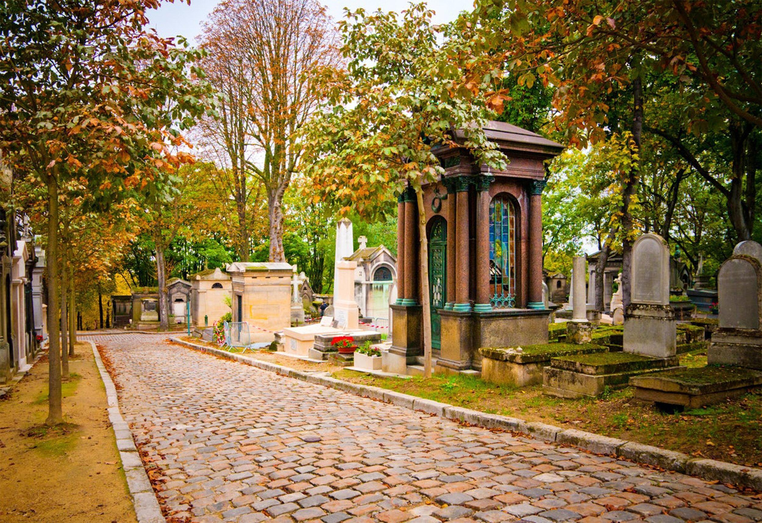 8- Cemitério Père Lachaise -