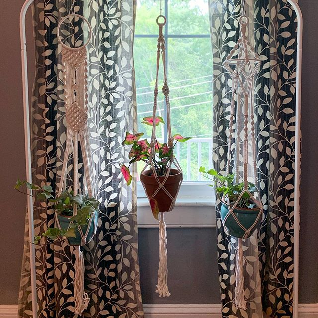 "Been working on lots of boho touches around the farmhouse lately, and you really can't go wrong with more plants 🌿 ⠀⠀⠀⠀⠀⠀⠀⠀⠀ These macrame plant hangers are very ""in"" right now, which is great for me because I could buy them instead of make them 😂 ⠀⠀⠀⠀⠀⠀⠀⠀⠀ But also, it was a great way to repurpose this clothing rack that we had at our beach bungalow in Florida because our closet was insanely small and we needed more room. It wasn't needed for our clothes here, and works great to hang plants! ✨ ⠀⠀⠀⠀⠀⠀⠀⠀⠀ Some other bohemian things I'm including are mixing colors and patterns with rugs and throw pillows, using some Southwest inspiration, making a wall tapestry, etc. Any boho recommendations from you all? Fav DIY projects? ⠀⠀⠀⠀⠀⠀⠀⠀⠀ 🍍 #apinchofpineapple"