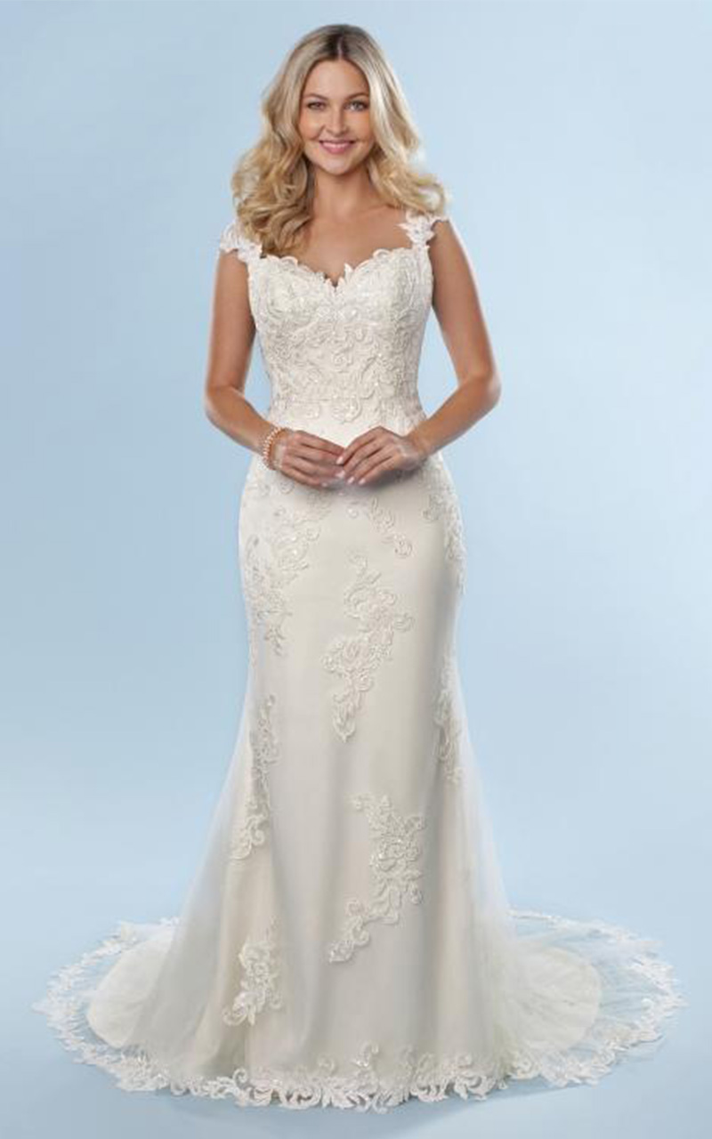 Romantic | Style 6819  Size 6, Ivory  Reg. $1400.00  SALE $840.00