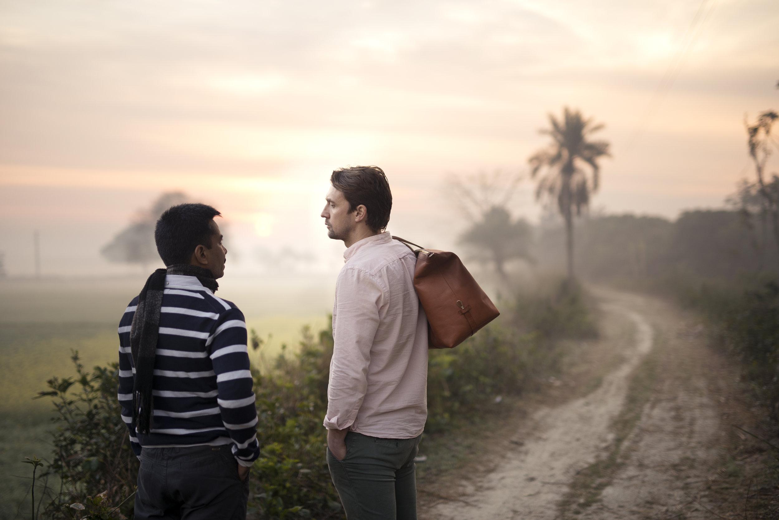Anders och Tulin morgon i Bagatipara.jpg