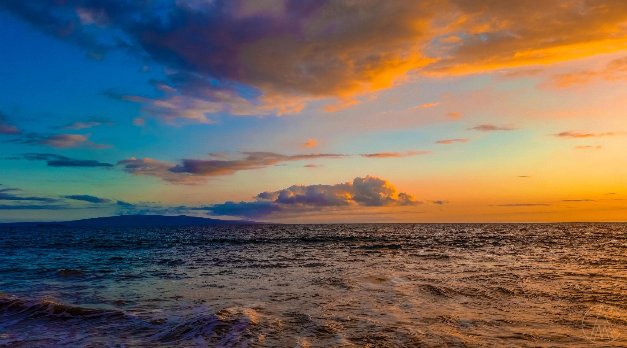 MauiHawaii_CoastColorfulSunsetBeach_FACEBOOK.jpg